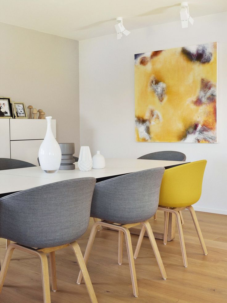 Stylish Scandinavian low-energy house with yellow accents 1