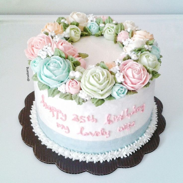 flower buttercream cake