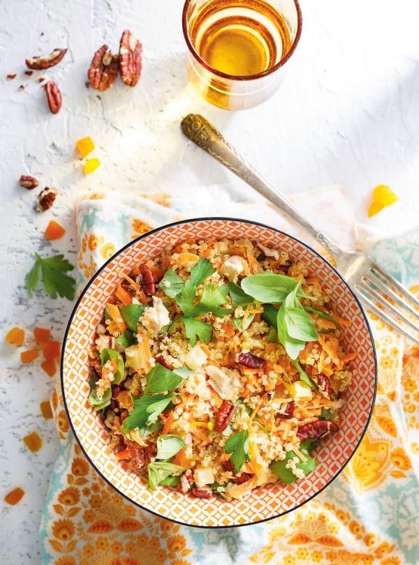 Recette de salade de quinoa au poulet et aux abricots séchés de Ricardo