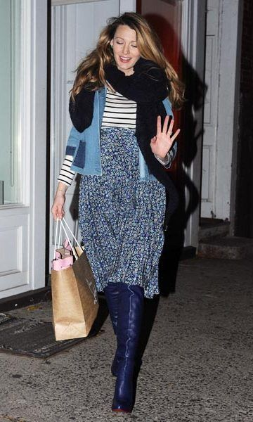 Pregnant Blake Lively steps out in style