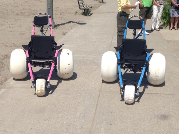 2017 - Port Stanley has a pair of beach-accessible wheelchairs that can be borrowed for a day at the beach.