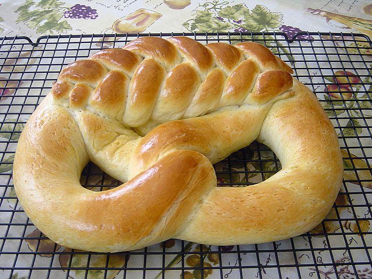 Neujahrsbrezel, ein beliebtes Rezept aus der Kategorie Brot und Brötchen. Bewertungen: 23. Durchschnitt: Ø 4,3.