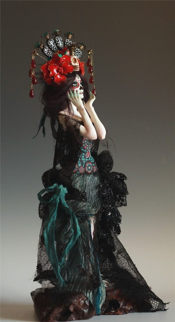 DIA DE MUERTOS - A Day of the Dead maiden by Nicole West