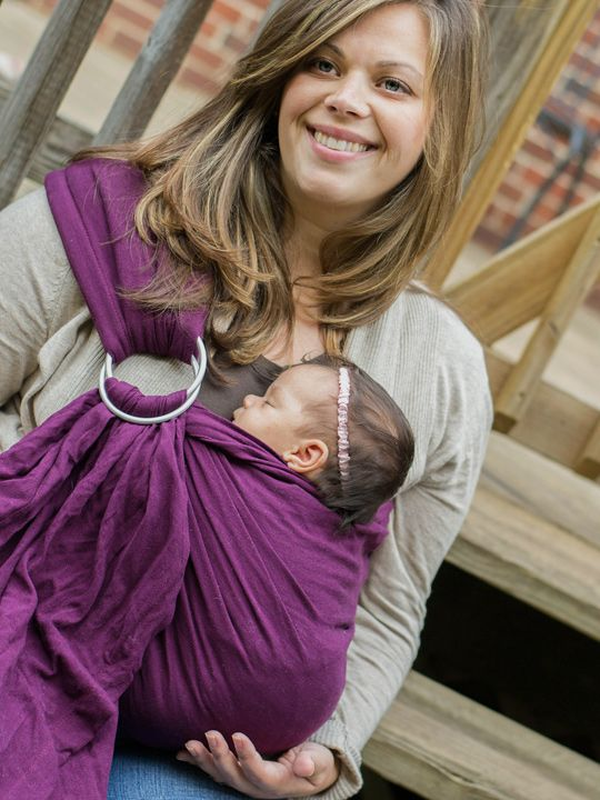The Maya Wrap Ring Sling is the perfect ring sling for new babywearers! This classic ring sling has a lightly padded shoulder and unpadded rails, making it both comfortable and easy to use and adjust.     Maya Wrap Ring slings come in multiple sizes so that you can find exactly the right fit for you!