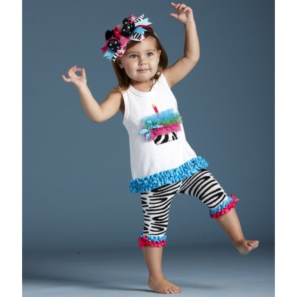 Wild Child Cupcake Tunic and Capri- Trendy and Stylish Birthday Outfits from lollipopmoon.com