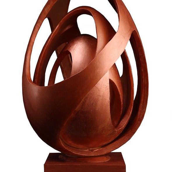 Giant Easter Egg from Oriol Balaguer