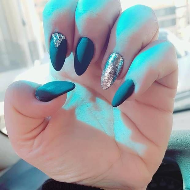 اجمل الوان مناكير الاظافر اخر موضه 2019 احدث الوان طلاء الاظافر 2019 أجمل مناكير راح تشوفيه Kntosa Com 23 19 155 Simple Nails Nails Colorful Nail Designs