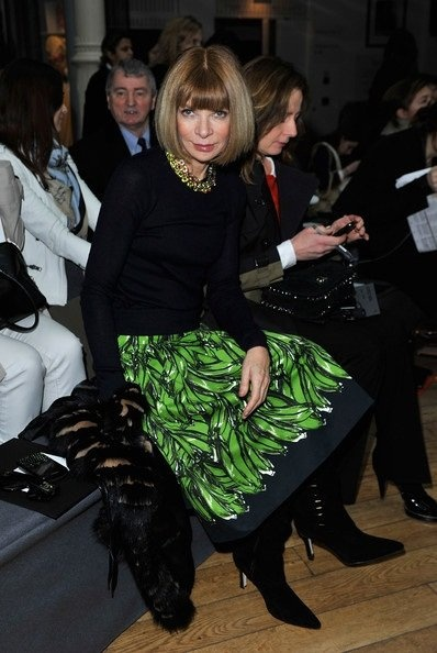 Going bananas for Anna Wintour's Prada skirt #lifeinstyle #greenwithenvy