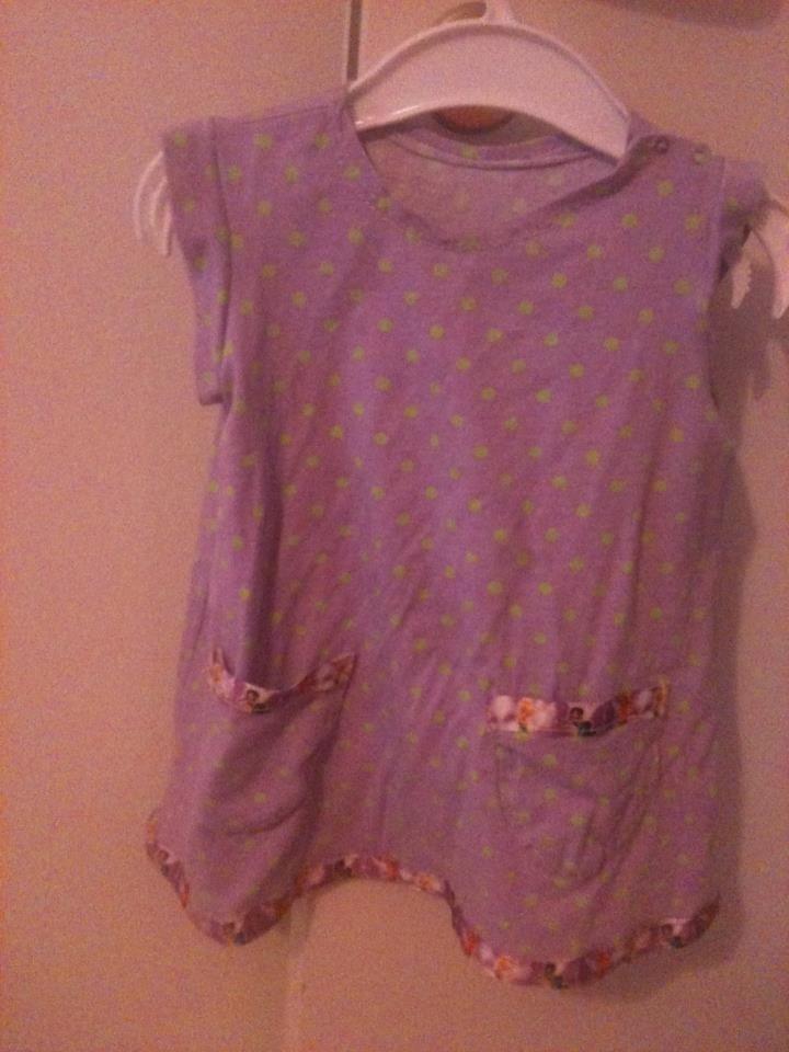 Klänning strl 74 med feer på bandet.första klänningen jag gjorde   First dress ive made,band of fairies. size 1T