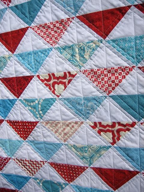 aqua red <3 Love this triangle quilt  ......  #quilt #quilting