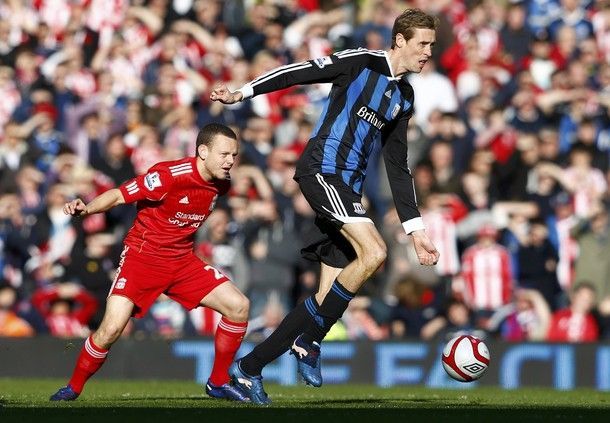 Jay Spearing vs. Peter Crouch