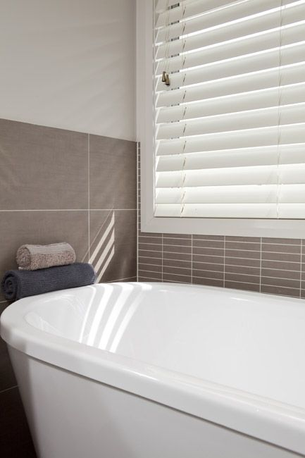 wooden venetian blinds - bathroom