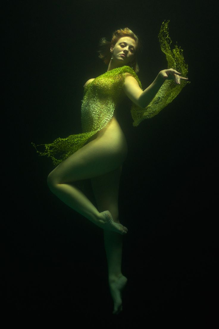 ♒ Mermaids Among Us ♒ art photography & paintings of sea sirens & water maidens - Leukadian Nymph by alberich.deviantart.com