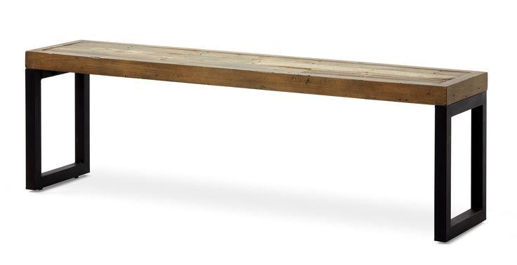 Woodenforge är en rustik sittbänk med en industriell känsla. Den har en lackad massiv toppskiva med underrede i metall. Woodenforge serien inspireras utav en tid då nytt land skapades och järnvägssystem byggdes. Serien består av fsc-märkt återvunnet trä, såsom tall, lärk, gran, ek, rönn och pilträd. Varje del i serien har en äkta kolonial charm med en handgjord finish.