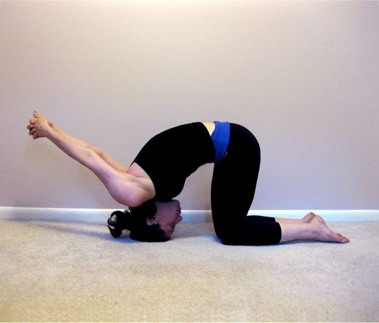 Stiff Neck Rx by fitsugar: Grounded Tipover Tuck #Stiff_Neck