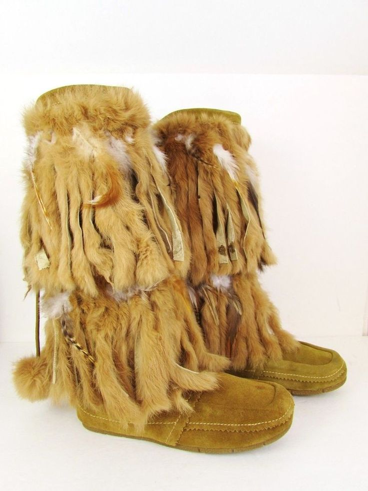 NAUGHTY MONKEY Tan Fur Suede Apache Mukluk Boots ASPEN APRES SKI Woman's 7.5 #NaughtyMonkey #ApreSki