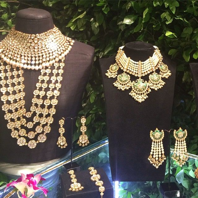 Statement necklaces, and then some by @amrapalijewels at the #VogueWeddingShow #bridal #jewellery #jewelry #wedding #bride #bridaljewellery #amrapali #jaipur #heritage #jewels #floral #earrings #multistrand #necklace #diamonds #luxury #taj #delhi #india #vogue #vogueindia
