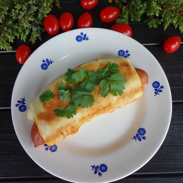 Edel's Mat & Vin : Innbakte lammepølser med hot tomatsalsa og mozzare...