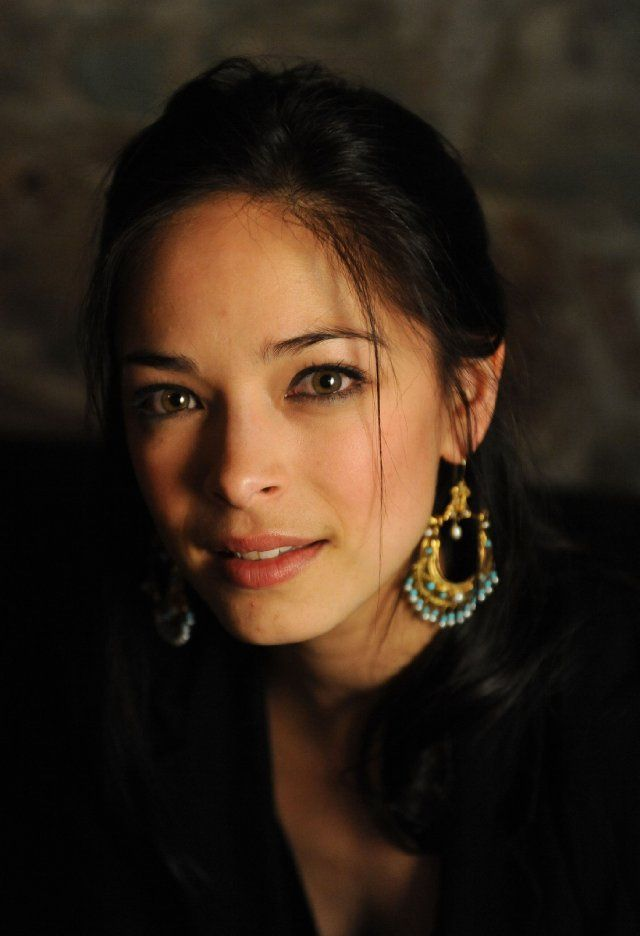Kristin Kreuk - half white, half Chinese