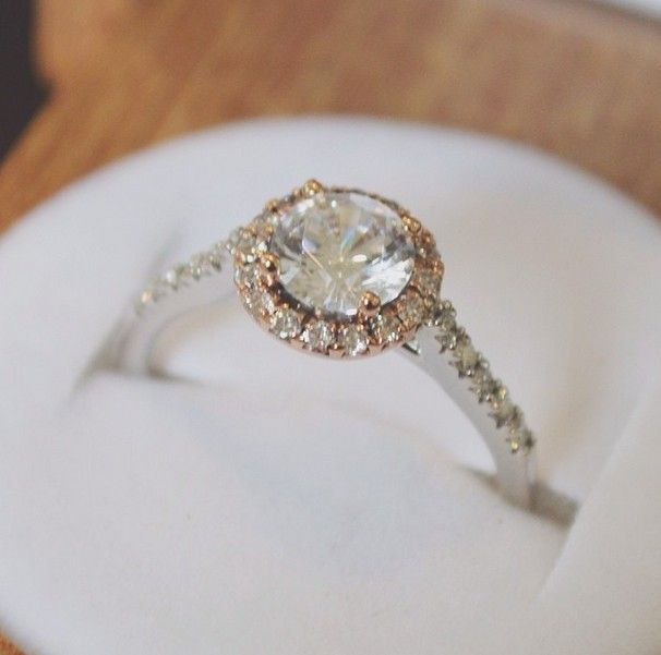 I WOULD LOVE TO HAVE TO DIAMOND RING!