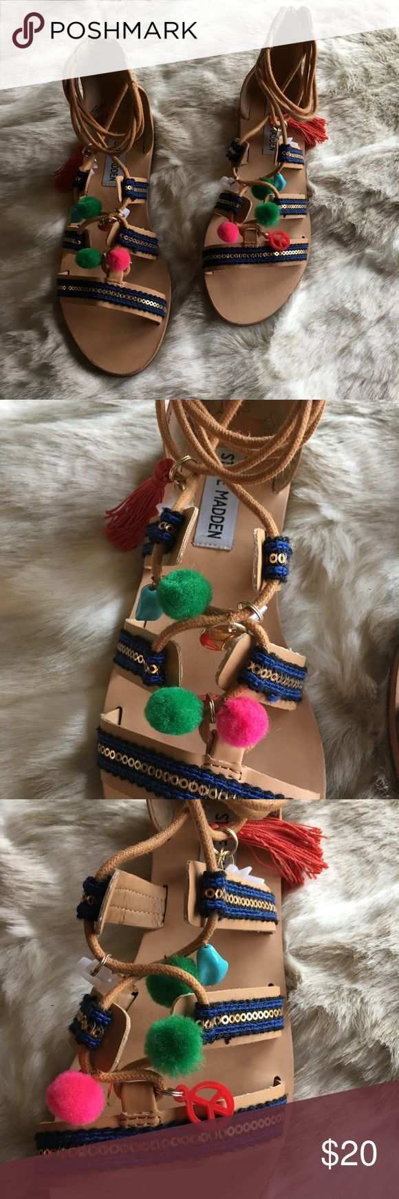 Steve Madden Kids 'Jcailin' Sandal in Natural EUC - Cute one of a kind colorful sandals! manmade upper, 1/2 inch heel.  On-trend pom, sequin, and tassle details. Back zip closure for easy on and off. Man-made lining and outsole. Steve Madden Shoes Sandals & Flip Flops