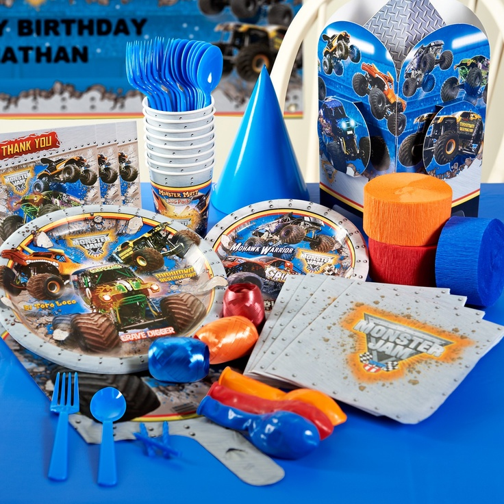 Check out our Monster Jam Deluxe Party Pack for all the items you will need to serve up the fun! #birthdayexpress #monsterjam #kidsparty