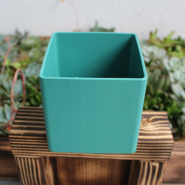 Kitchen Garden Box With Wire Top: 25+ Best Ideas About Metal Planter Boxes On Pinterest