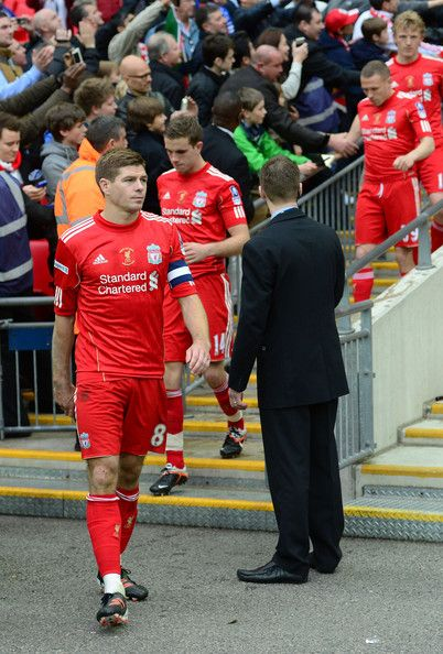 Steven Gerrard of Liverpool looks dejected during the FA Cup with Budweiser Final match between Liverpool and Chelsea at Wembley Stadium on May 5, 2012 in London, England.