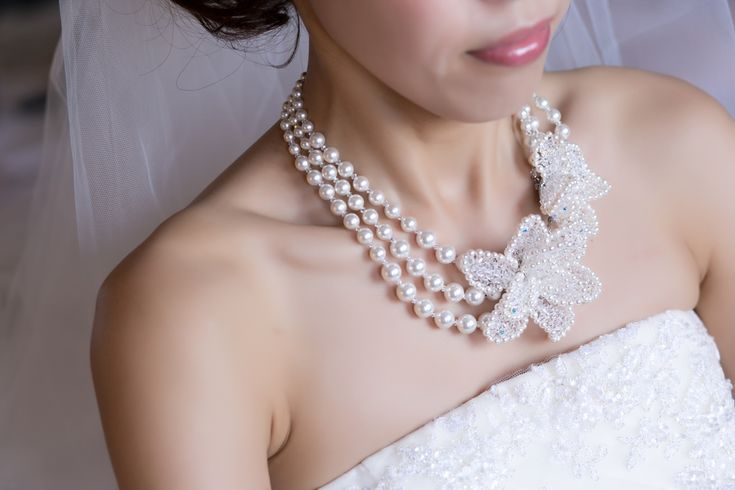 handmade necklace peal swarovskyスワロとパールのネックレス でウエディングコーディネート