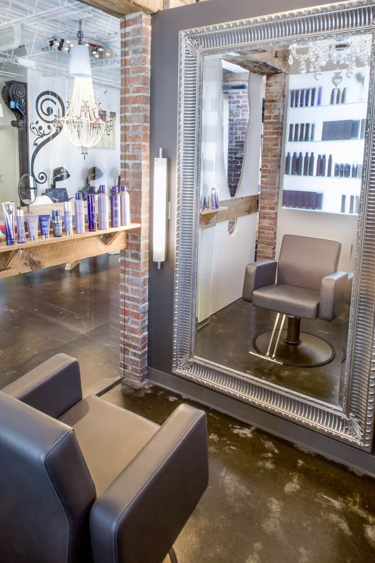 LOVE the interior of this salon with oversized mirrors. xoxo beautylove aprons   Blake Rose Salon in Columbus, OH!  http://blakerosesalon.com