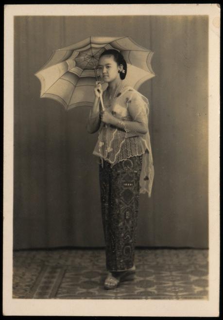 A Javanese Girl - yogyakarta 1957
