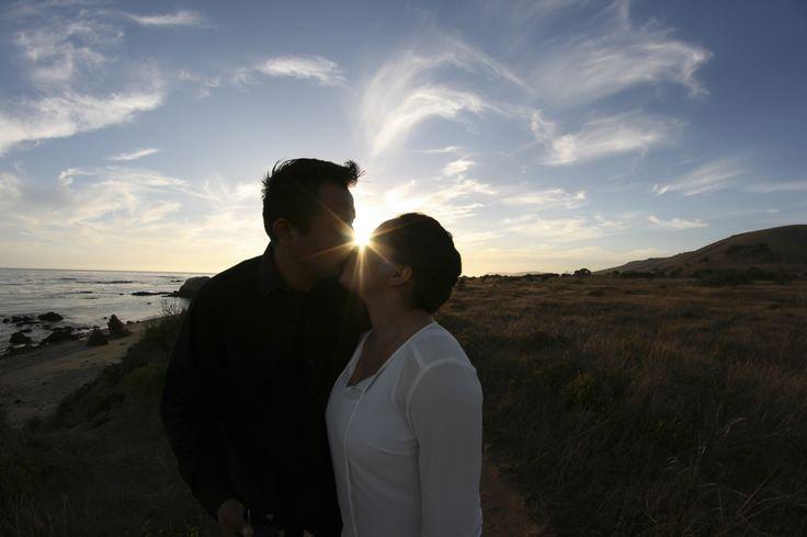 El beso frente al sol