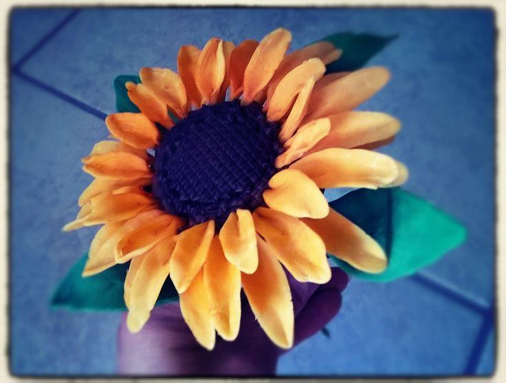 sunflower per la sunflowers wedding cake