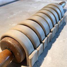 Getting the same curve for a set of mug handles.