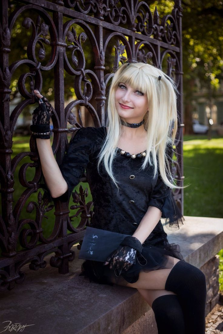"""Uživatel Marty Cos-Art na Twitteru: """"#MisaAmane #Anime: #DeathNote #Cosplay: #MartyNovotna FB page: https://t.co/2qAmYMgLuz       #manga #misacosplay #misaamanecosplay https://t.co/8gHh9QljQP"""""""