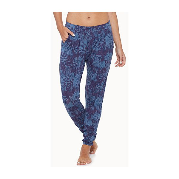 RVCA Pleated modal pant (49 CAD) ❤ liked on Polyvore featuring pants, faux snakeskin pants, rvca, rvca pants, snake print pants and pleated pants