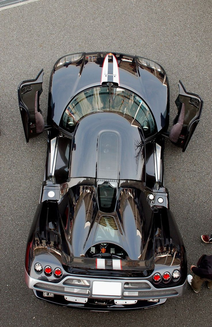 Koenigsegg CCX - Never seen one from this perspective, especially with the boot up. Damn.