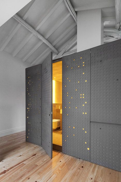 Module incorporating Kitchen, Bedroom and Shower - LOIOS Recovery Project in Porto by ODDA 2014