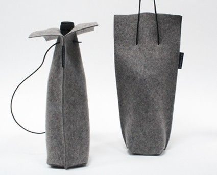 Wine bag - thanks to the highly insulating (wool) felt your wine maintains its temperature.