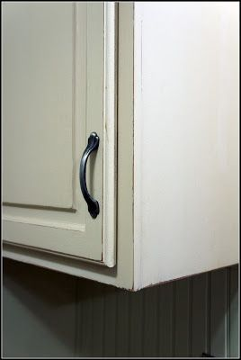Refinishing Kitchen cabinets Annie Sloan paint