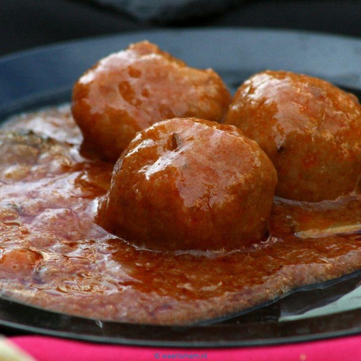 Pittige gehaktballetjes in tomatensaus | Recept - Waar is Mam