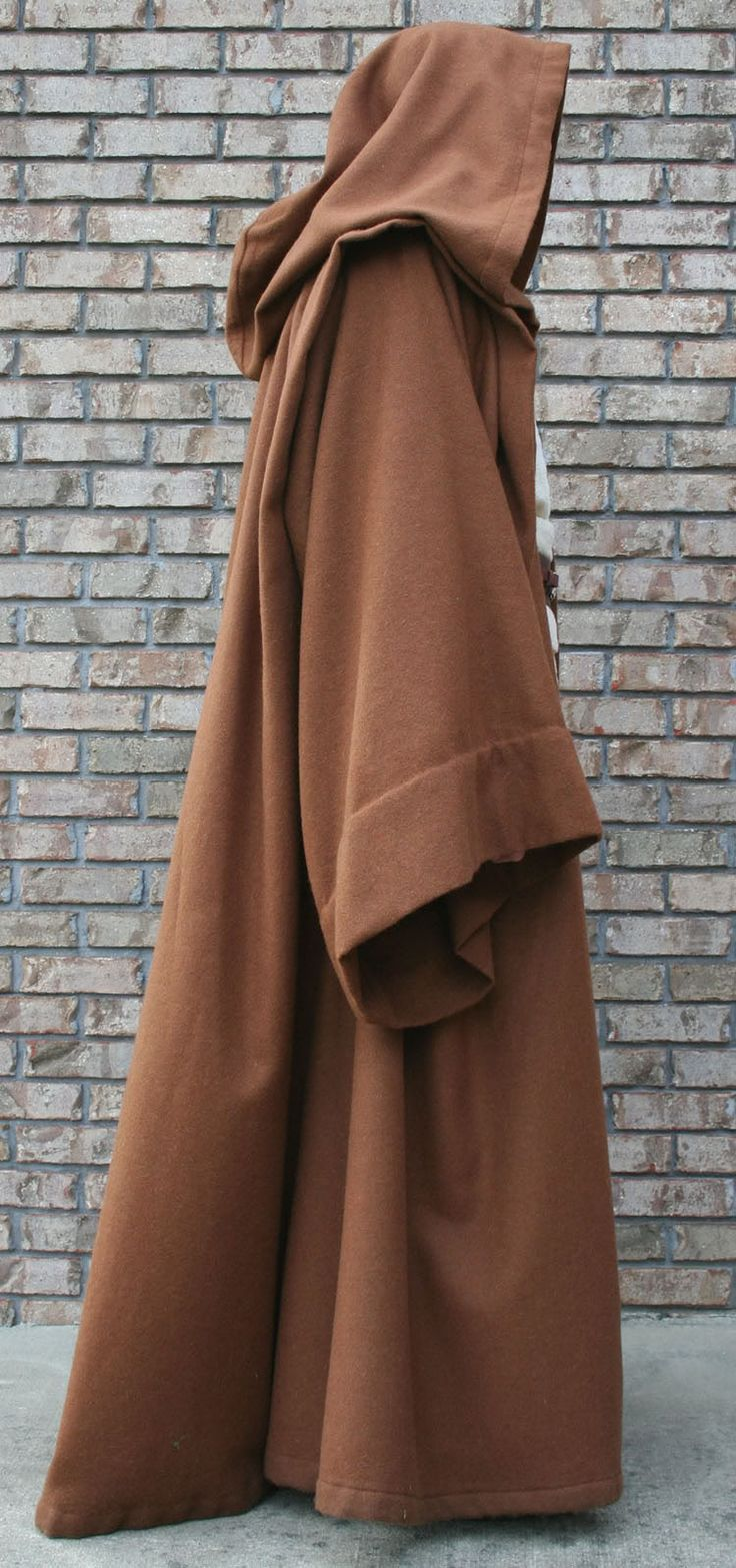 THIS WOULD BE AN EPIC BATH ROBE FOR THE HUBBY!!!!!!!  A JEDI ROBE pattern and tutorial, possibly not only the easiest but most screen accurate http://www.rebellegion.com/forum/viewtopic.php?t=36267