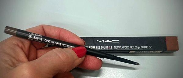 Incuriosita dai prodotti MAC e dalle sue famose matite per le sopracciglia, ho deciso di acquistarne una. Ma il risultato, purtroppo non è stato eccellente