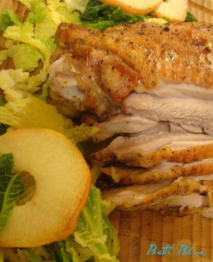 Kuchnia Betti: Pieczony udziec indyczy z chrupiącą skórką