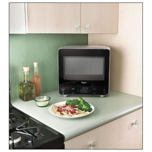 Extraordinary Versions Of Ordinary Things Whirlpool Compact Microwave 750 Watts 0 5 Cu