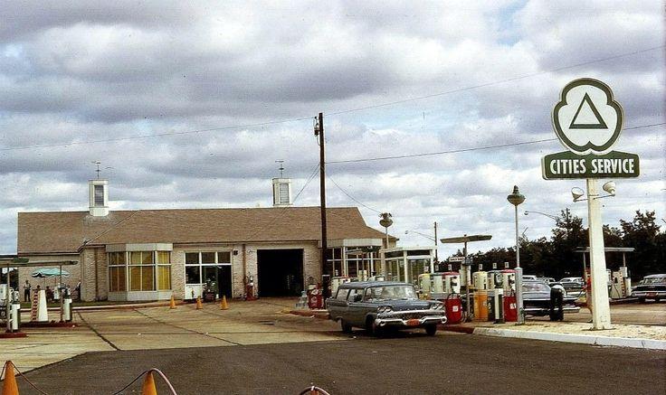 207 best images about old car yards gas stations car dealerships and car assembly plants on. Black Bedroom Furniture Sets. Home Design Ideas