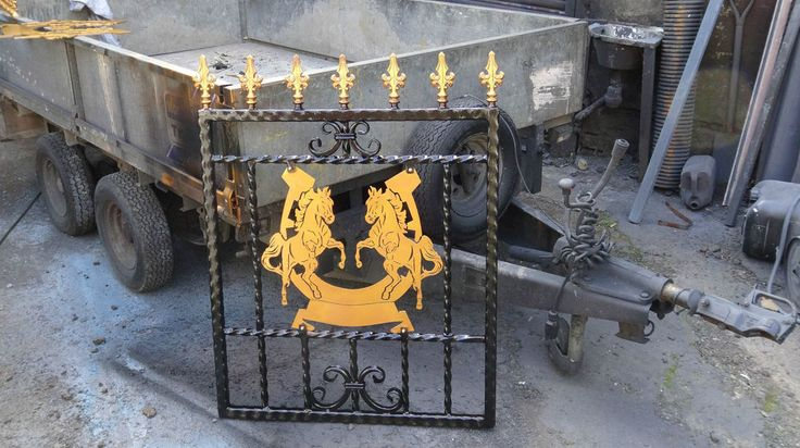 Wrought Iron Gate, single gate garden Rearing Horse design drive gates #ArtsCrafts