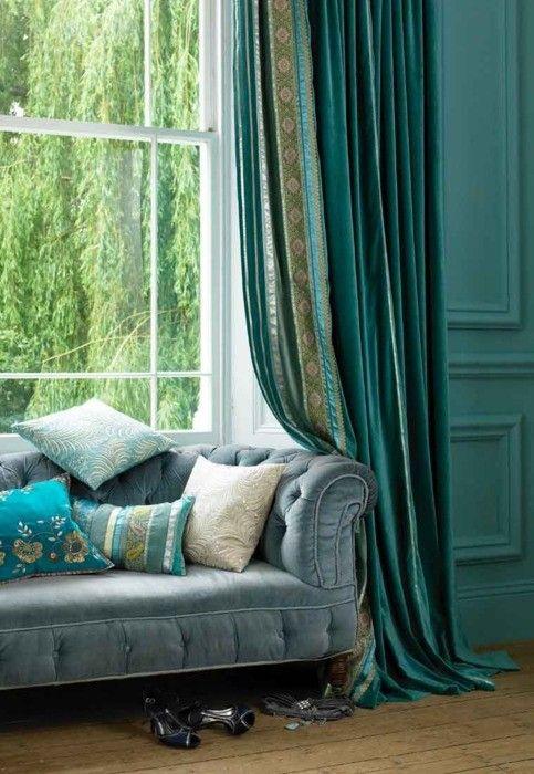 Velvet sofa, turquoise wall & curtains...living room