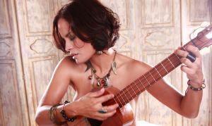 Maria Alejandra Rodriguez: El sol aún me lleva a algún lugar