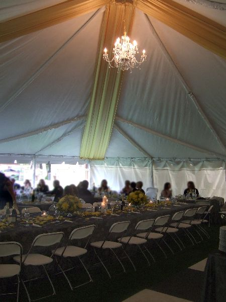 tented-wedding-color-yellow-lighted-ceiling-swags-fabric-in-tent-chandelier-decorations-decor-for-yellow-themed-wedding.jpg (450×600)